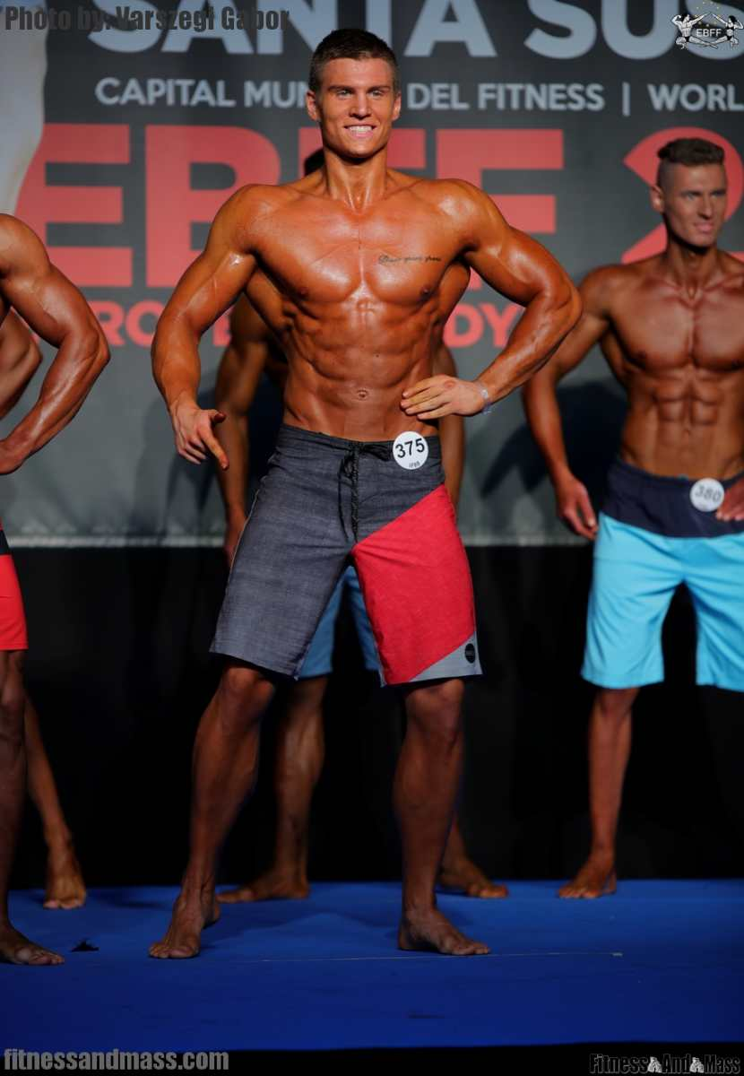 fitnessandmass com   Fotógaléria   Junior Men's Physique