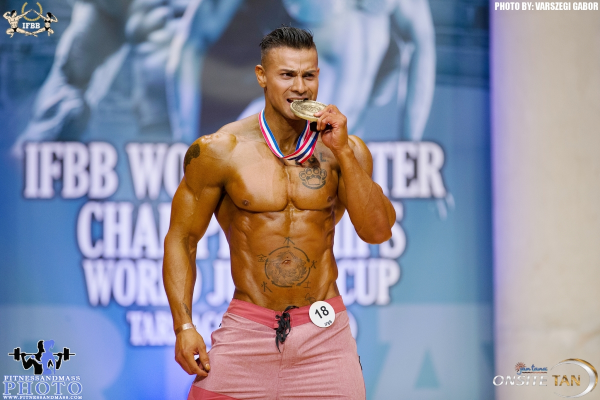 2018 IFBB World Master Championships — OVERALL Master Men's Physique